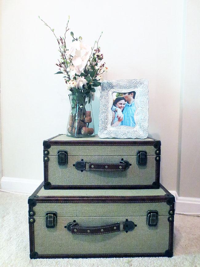 vintage_luggages